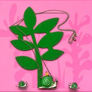 Lawn Party Snail Necklace & Earrings